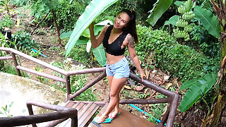 Amateur Asian girlfriend hardcore blowjob and sexual relations in a beach cabana